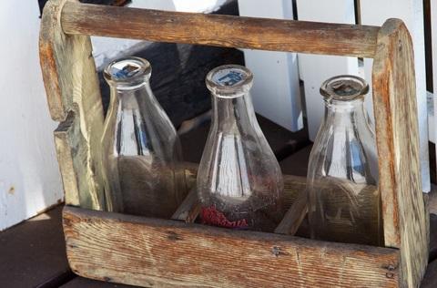 5 Tips on Antique Bottles & Value